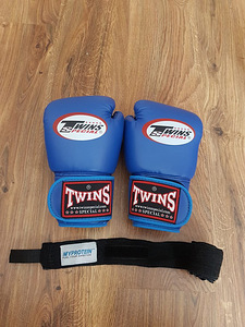 Poksikindad 10 oz Twins ja Top King shortid Muay Thai Poks